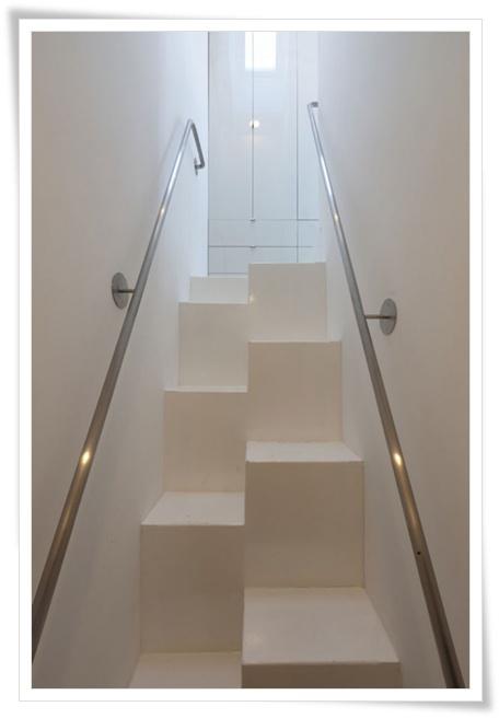 Foto - Foto Desain Tangga Rumah Modern