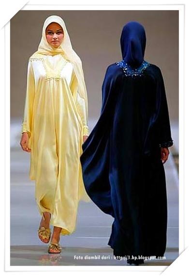Batik yang cukup terkenal di indonesia adalah batik keris Baju gamis ninos