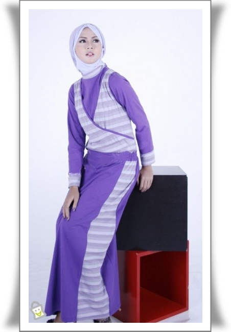 Tuneeca Baju Busana Muslim 2012 Gamis Modern Pelauts
