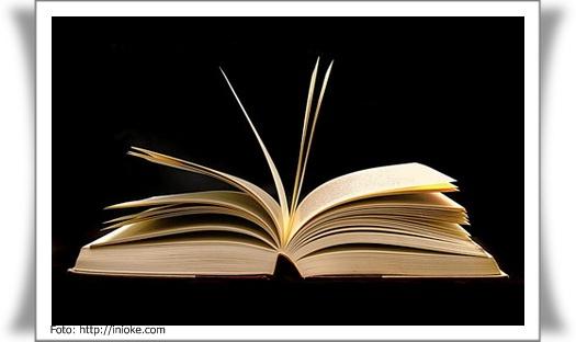 Puisi adalah bentuk karangan sastra yang terikat oleh banyaknya baris