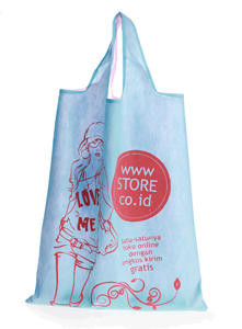 Tote Bag Love Me (Juli 2012)
